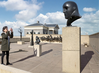 Scheveningen strand Museum beelden aan zee