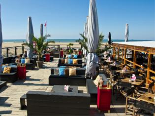 Scheveningen strand boomerang beach